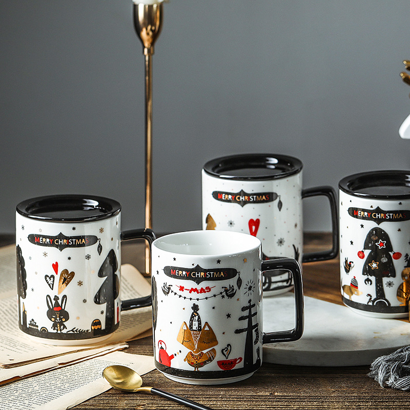Creative Ceramic Mug with Lid Milk Mug Coffee Mug Breakfast Mug with Black Lid Christmas Mug