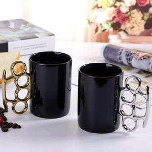 New Creative Products Porcelain Boxing Mug with Unique Handle