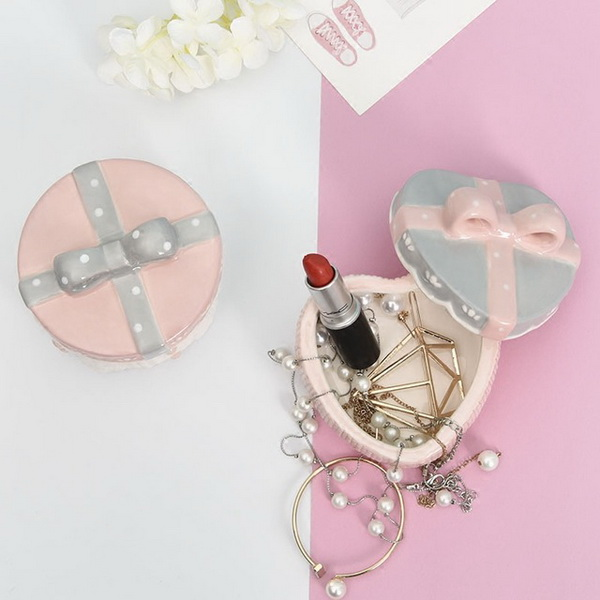 Wholesale Custom Heart Shape Ceramic Jewelry Holder Porcelain Jewelry Box